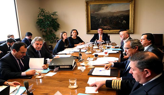 Comisión Defensa del Senado comenzó votación para derogar Ley Reservada del Cobre
