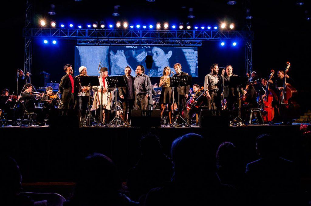 Valdivia y Violeta en concierto sinfónico en GAM
