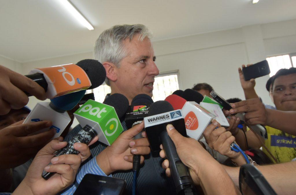 """Vicepresidente Bolivia a canciller Ampuero: """"Nunca hemos necesitado levantar la bandera del mar para ganar las elecciones"""""""
