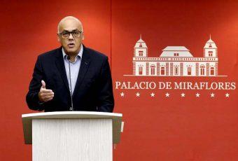 Venezuela no cede y exige a Chile, Colombia y México investigar supuestos vínculos con atentado a Maduro