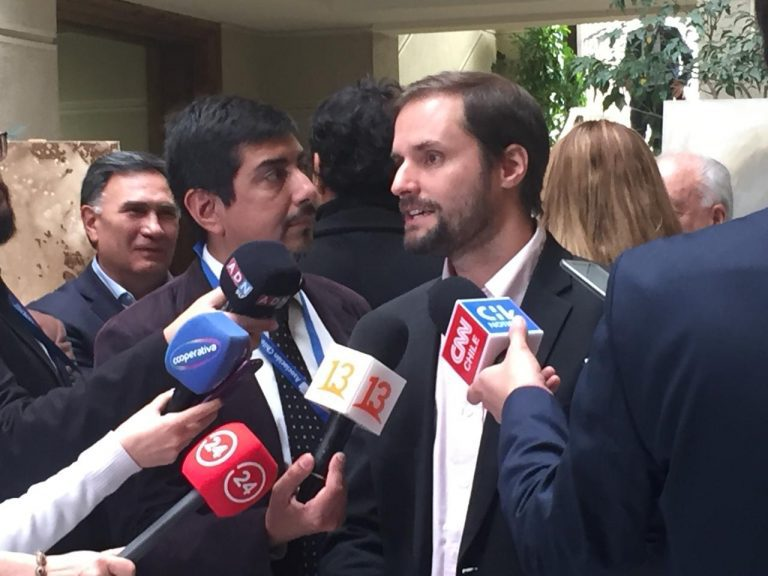 Diputados de Chile Vamos se reúnen con ministro Moreno para impulsar plan compromiso país