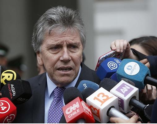 """Ministro de Defensa recalca """"Tolerancia Cero"""" ante fraudes en el Ejército"""
