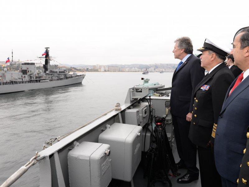 Concluye Bicentenario de la Escuadra Nacional y anuncian compra de tres buques