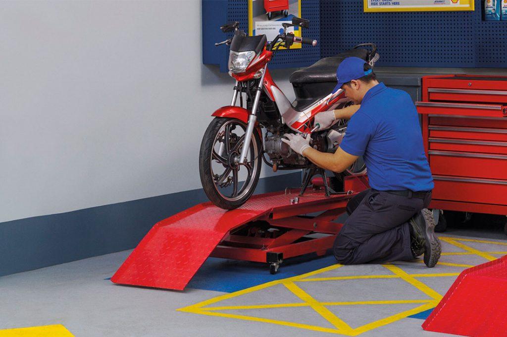 Expertos de Shell te cuentan lo debes tener presente para cuidar tu moto