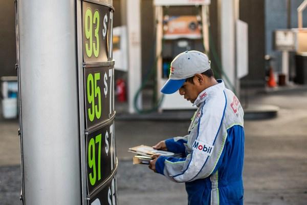Por octava semana consecutiva suben los precios de las bencinas y el bolsillo ya no resiste