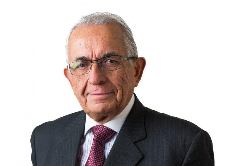 Cáceres minimiza el triunfo del NO y resalta la virtud de Pinochet en el trazado para el retorno a la democracia