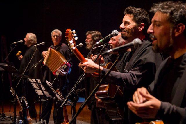 Quilapayún presentará inedito concierto sinfónico en el teatro CorpArtes