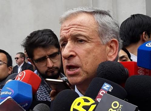 """Hacienda no descarta pago de doble comisión en reforma previsional: """"Supongo que no lo van hacer gratis"""""""