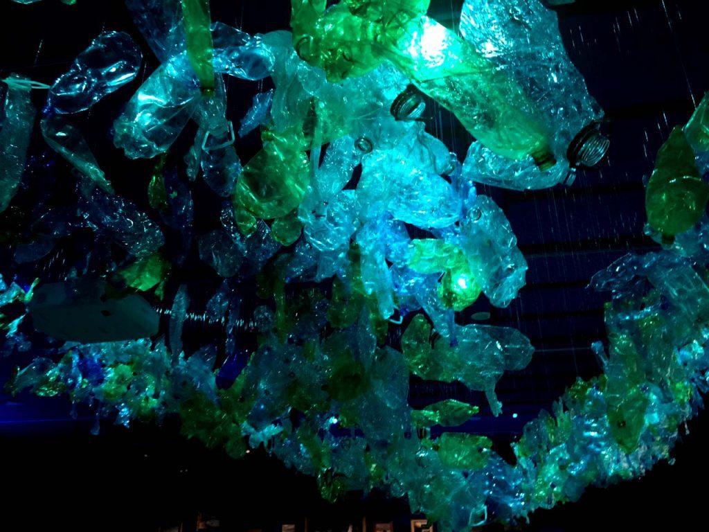 En Our Ocean Chile suscribe compromiso para evitar que los plásticos se conviertan en basura