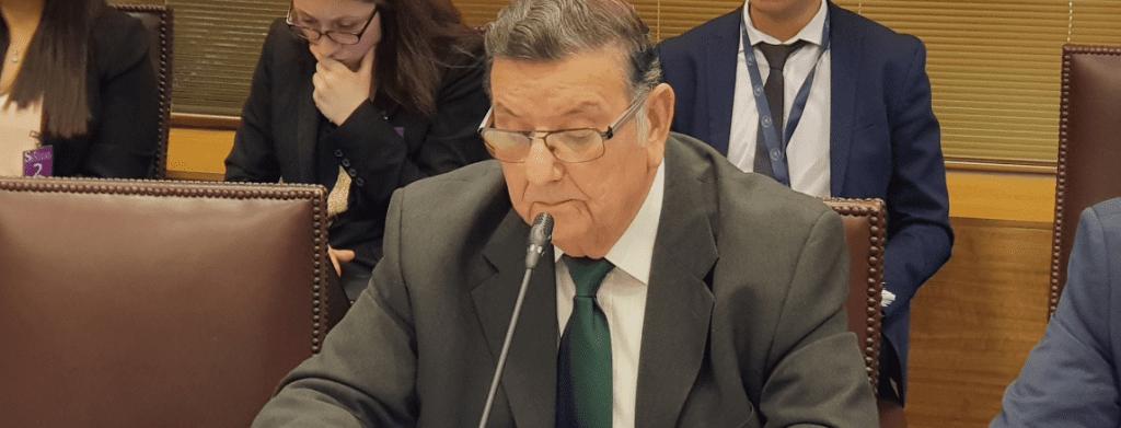 """Senador Quintero califica de """"insólito"""" que Minsal retirará de Contraloría una vez más el protocolo de aborto"""