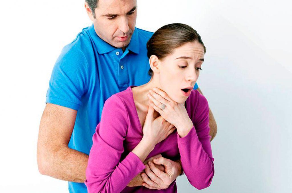 Maniobra de Heimlich, esencial para evitar desenlaces fatales en atragantamientos