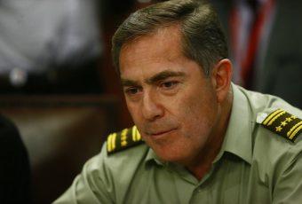 """General Soto explica que cuestionamiento social a Carabineros se """"sustenta en una burda mentira"""""""