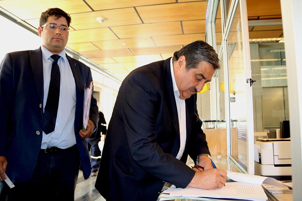 Alcalde de El Bosque interpone denuncia en contra de una funcionaria municipal vinculada al narcotráfico