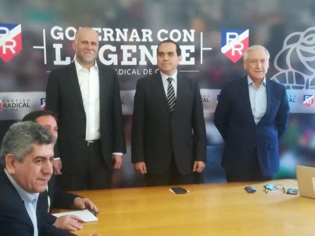 Como solución a Crisis Social: PS, PPD y PR piden un plebiscito y una nueva constitución para Chile