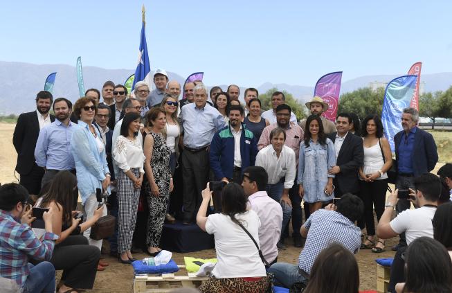 Presidente Piñera aboga por un plano inclusivo y presenta el Parque Mapocho Río