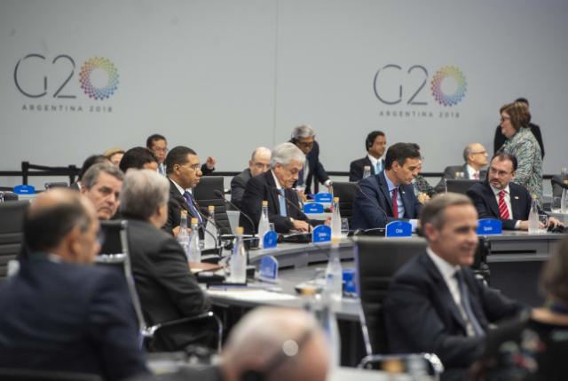 Presidente Piñera y su escueta respuesta por situación de Contraloría