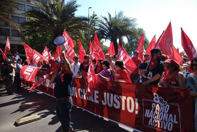 Paro activo: Trabajadores acusan al Gobierno de haberlos dejado botados