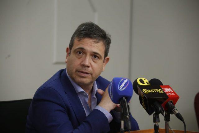 Directiva de RN pide las más altas sanciones contra concejal que ofendió a Daniela Vega