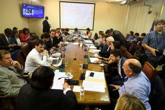 Comisión de Educación despacha Aula Segura sin modificaciones y será votada en la Cámara el próximo lunes