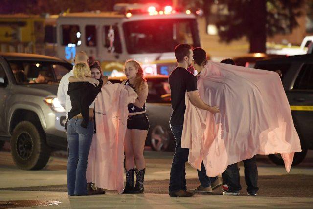 Otra vez los mismo en EEUU: Tiroteo en bar de California deja 13 muertos