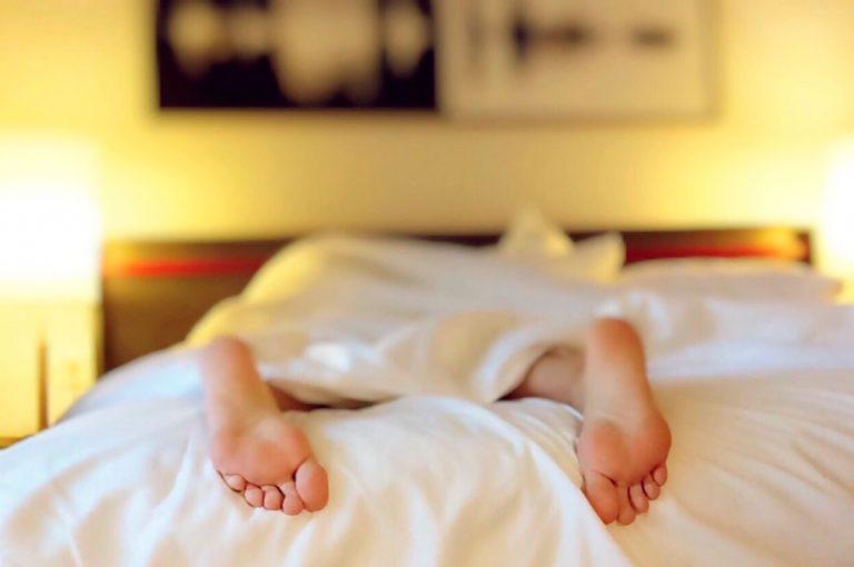 ¿Cómo dormir bien con altas temperaturas?