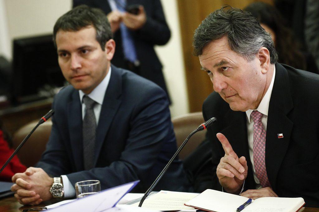 Presidente Piñera, por segunda vez, reitera política migratoria ante un descoordinado Canciller