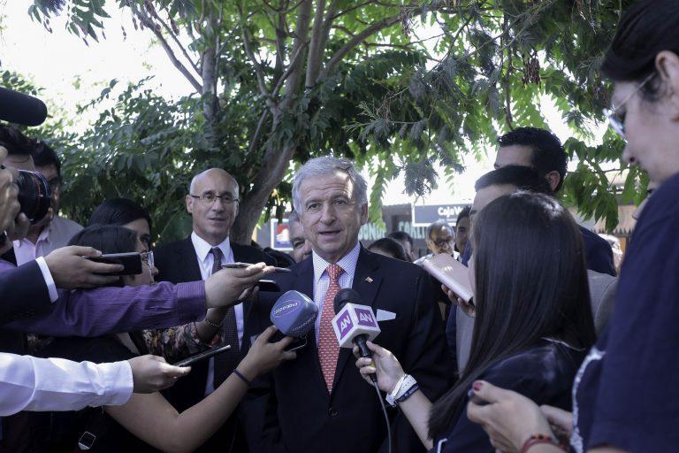 """Ministro Larraín: """"Tenemos un país que crece con una inflación controlada"""""""