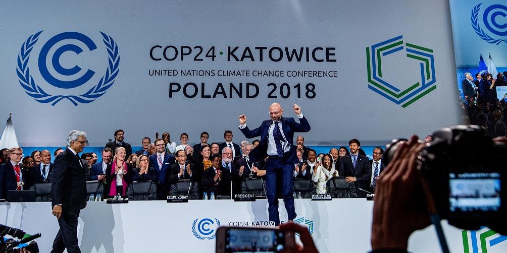 """COP24: Cumbre del clima llega  a acuerdo y fija un """"Libro de reglas"""""""