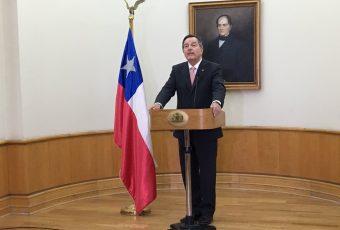 Canciller Ampuero defiende decisión de no firmar acuerdo internacional: afecta soberanía