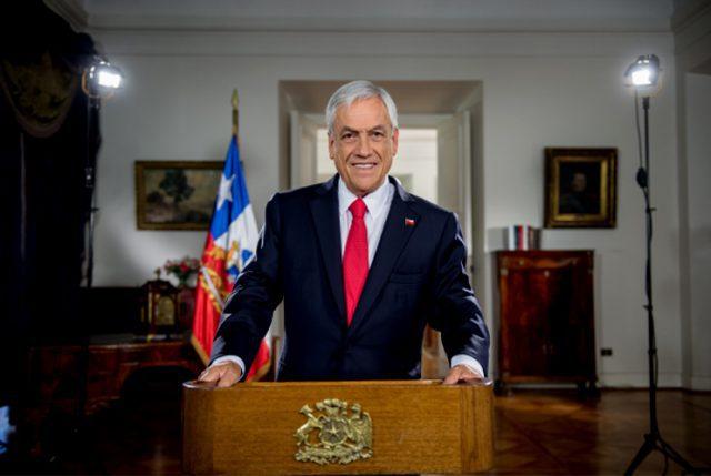 """Presidente Piñera en mensaje de Año Nuevo volvió a cargar contra el Gobierno de Bachelet  y aseguró: """"Sumando y restando, este año 2018 ha sido un buen año para Chile"""""""