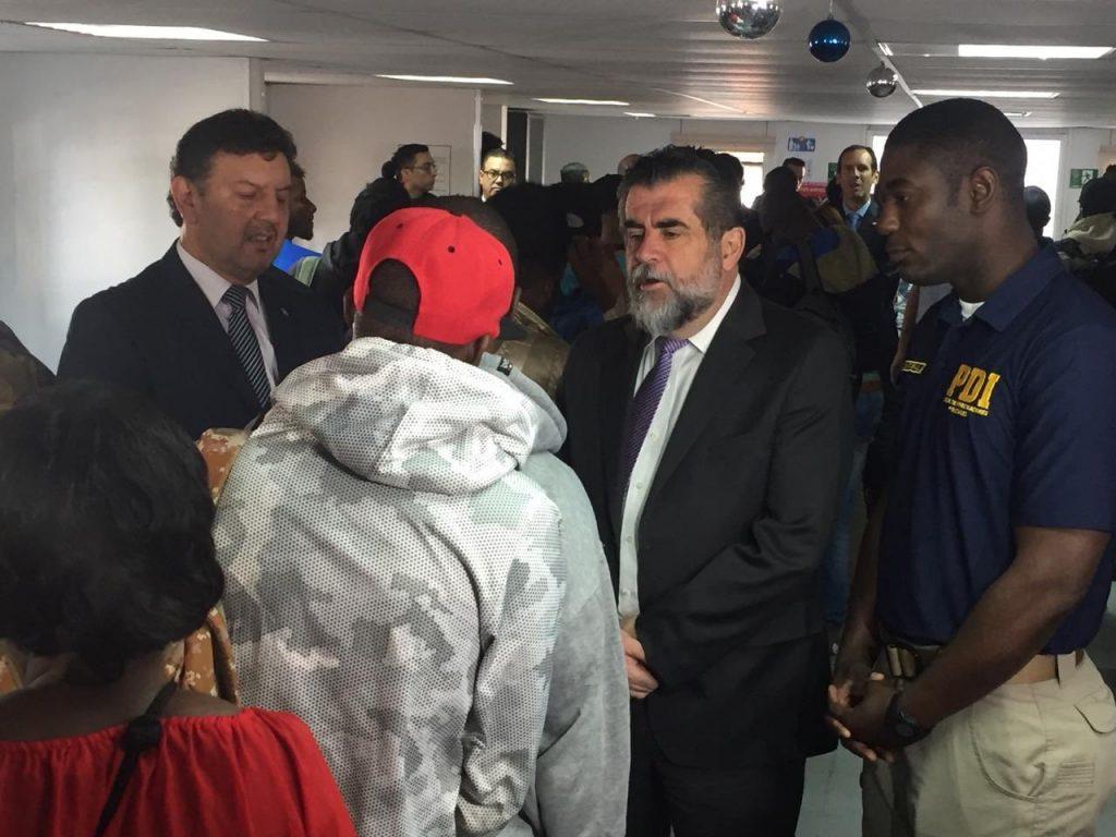 Sigue el desorden: Subsecretario Ubilla responde preguntas de Cancillería