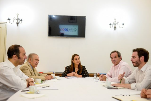A pesar que le mientan: Gobierno y Chile Vamos nuevamente respaldan a General Hermes Soto