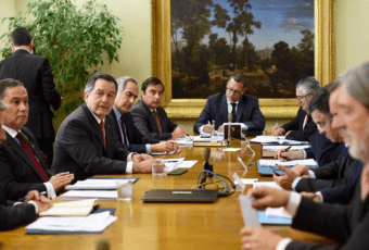 Canciller Ampuero explica ante Comisión de RR.EE. del Senado la no suscripción al Pacto Migratorio