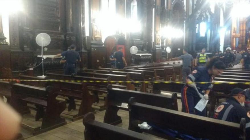 Desconocido mata al menos a cinco personas en iglesia en Brasil y luego se suicida