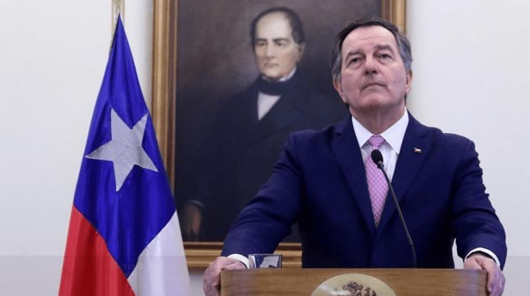 Canciller Ampuero confirma abstención de Chile en votación de Pacto Migratorio