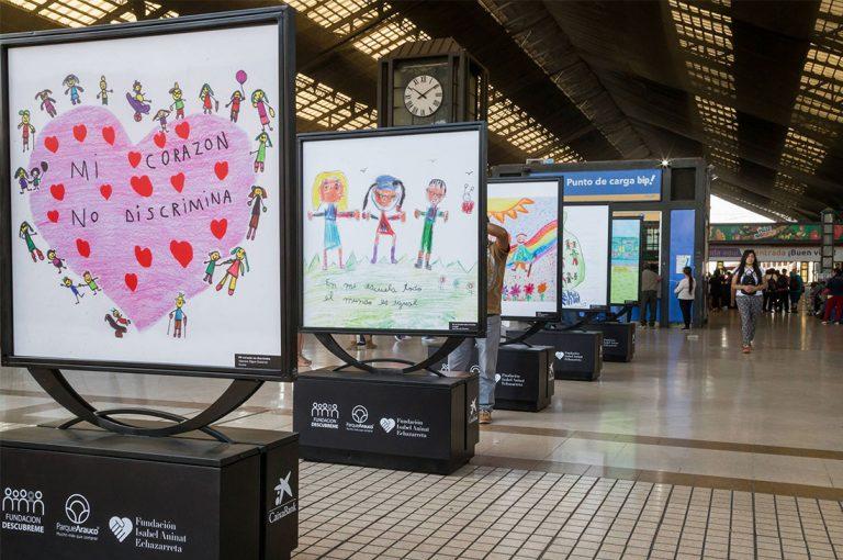 """Exposición """"El color de la inclusión"""" mostrará obras de jóvenes con discapacidad cognitiva"""