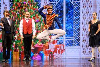 """El exitoso Ballet  """"El cascanueces"""" suma nuevas funciones"""