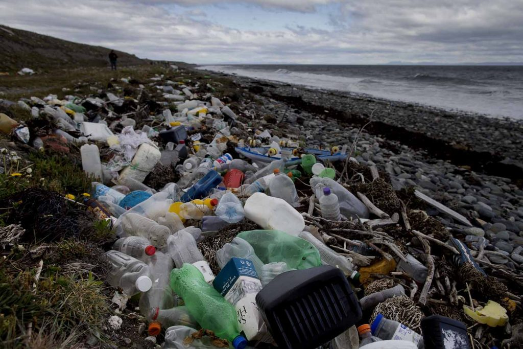 "Europa mira a América Latina por el ""Chao al plástico"""