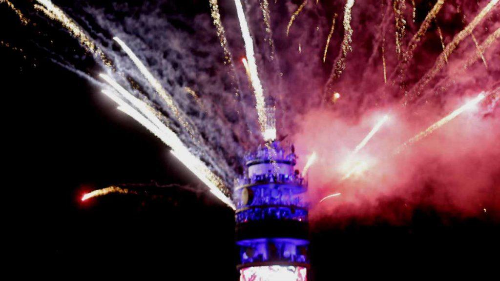 Entel y Municipalidad de Santiago suspenden tradicional fiesta de fin de año