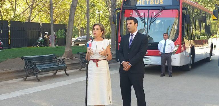 Nota 6,3 obtienen los nuevos buses eléctricos y ecológicos del Transantiago