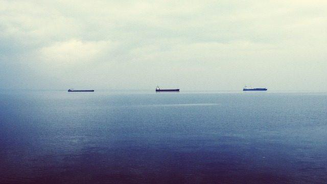 Flota de petroleros con crudo de Venezuela espera en el Golfo de México el pago de sus embarques