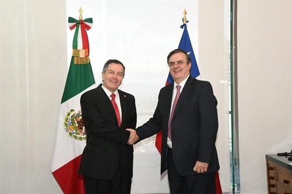"""Ampuero vuelve a su rol de Canciller y se reúne con su par de México: Se fortalecerá """"Asociación Estratégica"""""""