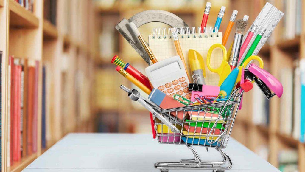 ¿Cuánto cuesta el material escolar en Chile y en otros países de la región?