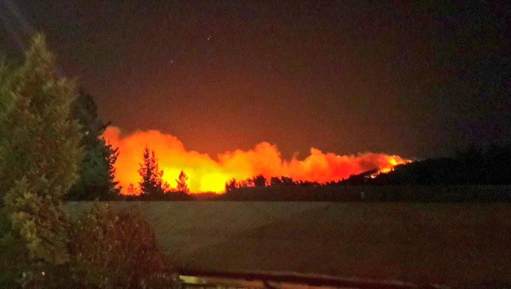 Postulación de Chile al Mundial de Fútbol puede convertirse en cortina de humo para catástrofes del sur y el norte