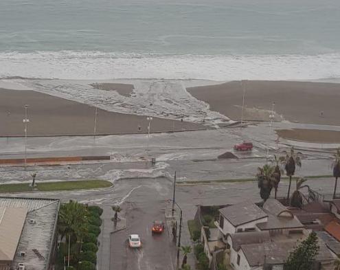 Piñera anuncia plan especial para afectados por lluvias en el norte y Onemi actualiza alerta roja