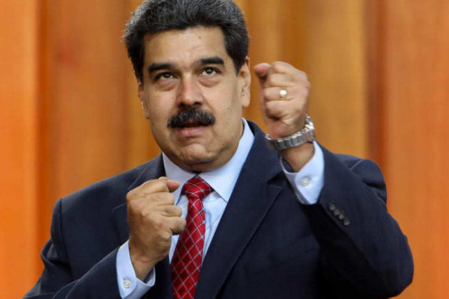 Ampuero a lo Liga de la Justicia arremete contra Maduro por cierre de frontera con Brasil