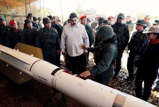 Maduro da una nueva señal de unidad con FFAA de Venezuela al iniciar ejercicios militares