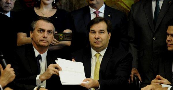 Brasil: Bolsonaro anuncia reforma a sistema de pensiones, ¿aplicará el cuestionado modelo se AFP de Chile?