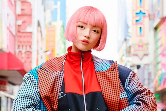 La modelo japonesa virtual fanática de la moda