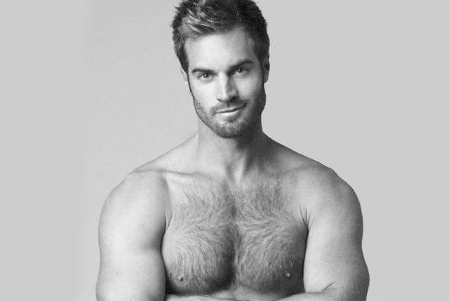 Estudio reveló que los hombres con pelo en pecho son más inteligentes